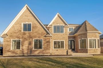 Fine Transitional Home, Glenview, IL