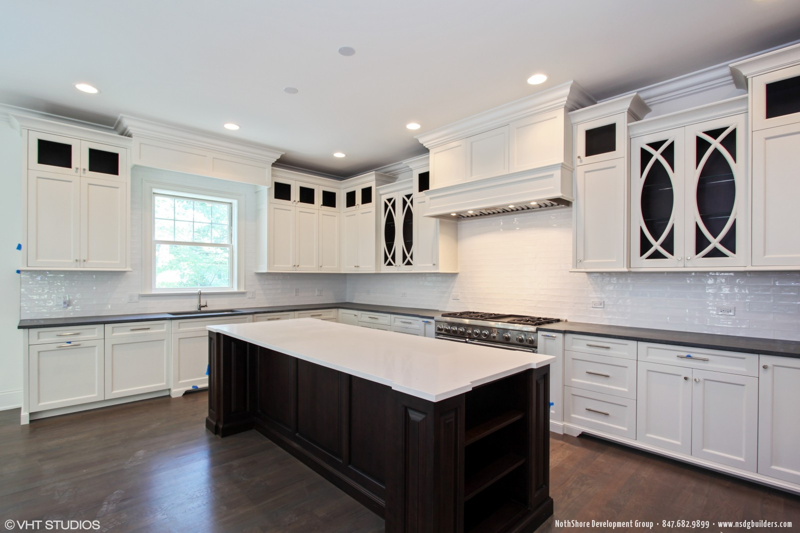 Chicagoland illinois custom home builders custom home for Kitchen design 60035