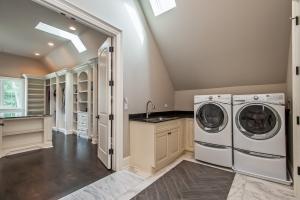 Laundry, Interior